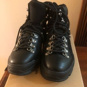 Woman's Leather Look Hiking Boots